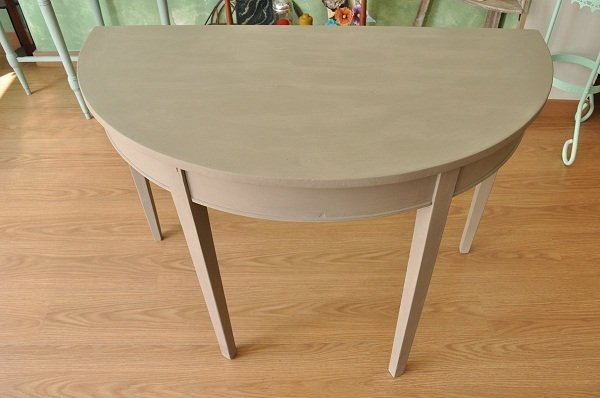 Mesa pintada con la chalk paint de autentico - Mesas pintadas a la tiza ...